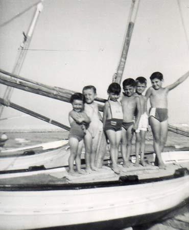 Pequeños pescadores de Nazaret.