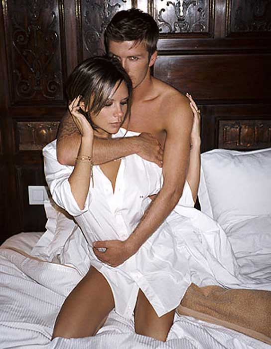 Los Beckham Crean Una Fragancia A Su Medida Y Posan Desnudos Para