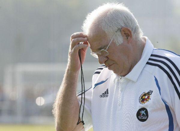 Luis, pensativo durante el entrenamiento