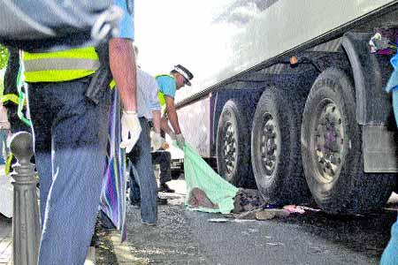 Muere aplastado por un camión de 15 toneladas en Cuatro Caminos