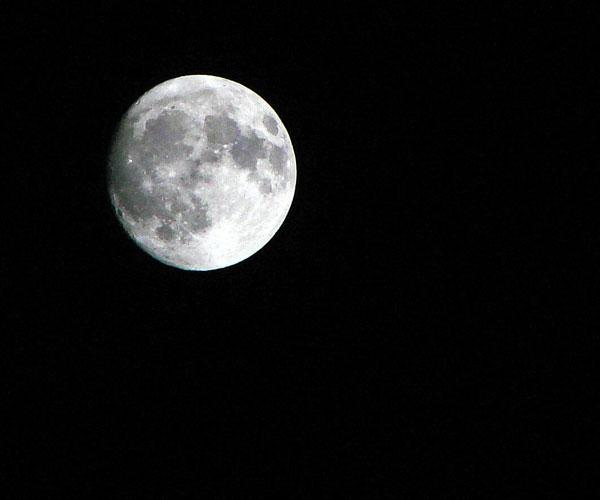 A por la Luna