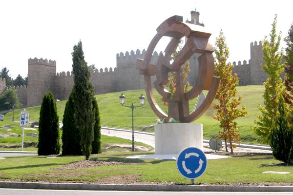 Monumento al ciclismo en Ávila al paso de la Vuelta