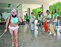 El circo con ritmos de percusión cubana