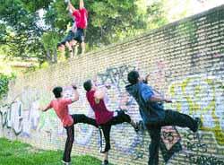 'Parkour': una vida a saltos