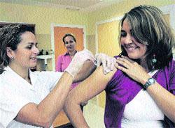 Alerta por lluvias en el comienzo de la campaña contra la gripe