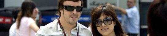 Ferando Alonso con fans, desplegable
