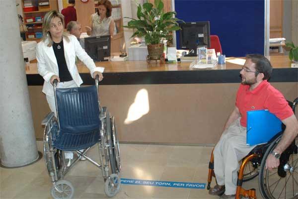 Discapacitado en silla de ruedas