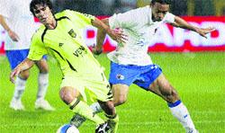 El Zaragoza se arma para frenar al Kun
