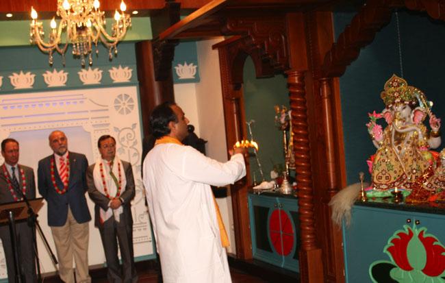 Inauguración del templo hindú