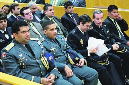 Las policías de Internet, en Sevilla