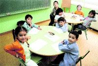 Ya hay 1.950 inmigrantes en los colegios vigueses