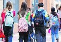 Los estudiantes de la ESO llevan 11 kilos de peso en las mochilas