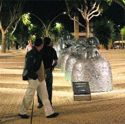 Esculturas de vanguardia para la Alameda de los peatones