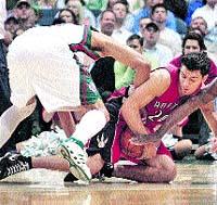 Toronto cae (112-85) con claridad ante los Bucks