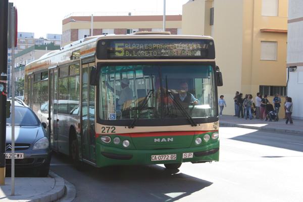 Autobuses urbanos en Cádiz