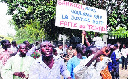 Protestas contra Francia en el Chad