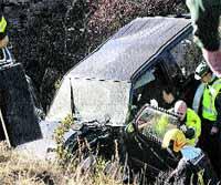 Fallece un cazador al ser arrollado su coche por el convoy del Canfranero