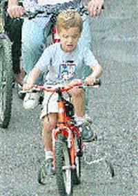 Los niños, ¡a los pedales!