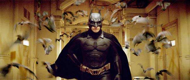 El actor Christian Bale, caracterizado como Batman