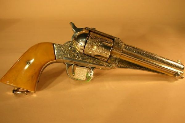 Este revólver fue disparado por Pancho Villa