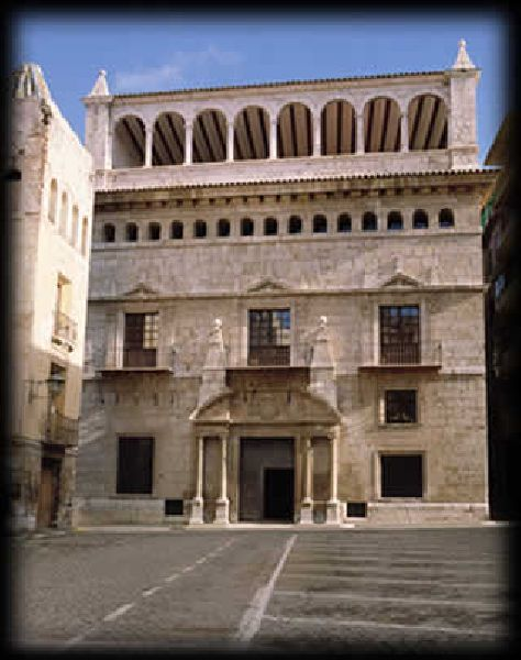 Contin a abierta la muestra de fotograf a y pintura del museo provincial turolense - La casa del cura teruel ...