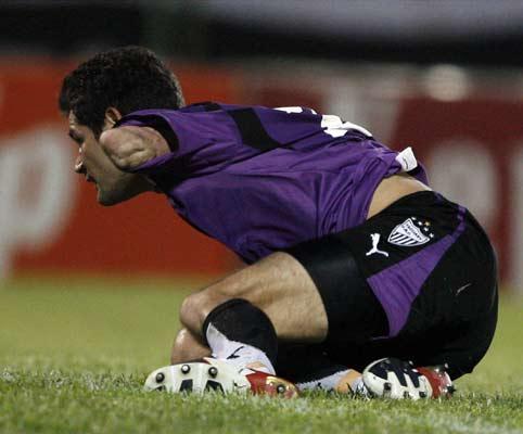 Julio González en un momento del partido