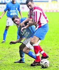 El Oviedo vuelve a ganar después de un partido espeso