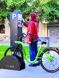 Idean un nuevo sistema de Bicing que funciona con la zona azul de pago