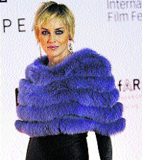 Sharon Stone brilla en Dubai
