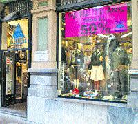 Los comercios asturianos ya hacen rebajas de hasta un 50%