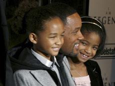 Con sus hijos, Jaden y Willow.