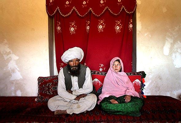 Ghulam, esposa a los 11 años 728882