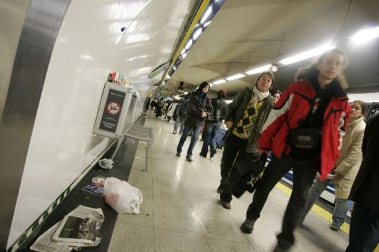 Huelga de limpieza en el metro.