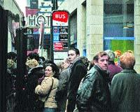 Mañana y el domingo ir en autobús exigirá paciencia
