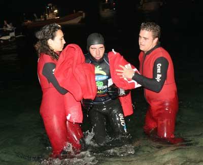 David Meca saliendo del agua