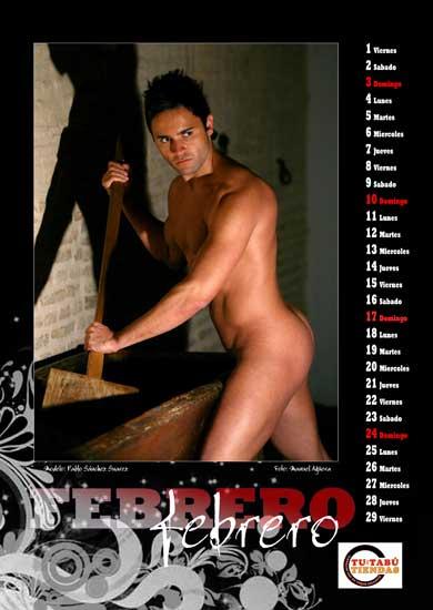 Calendario Gay.Foto Calendario Arcoirirs Calendario Gay Solidario