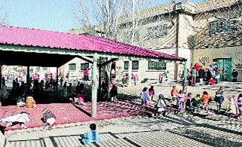 Roedores hasta en los cajones en el colegio ciudad de valencia for Ahorro total vallecas