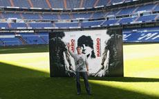 Sylvester Stallone en el estadio Santiago Bernabeú.