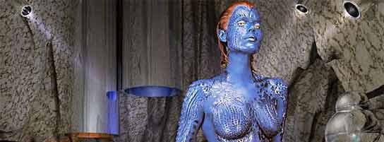 Rebecca Romijn como Mística