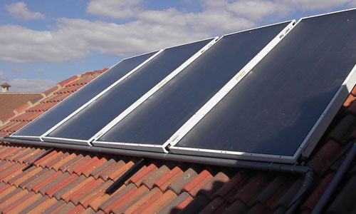 Edificios con placas solares.