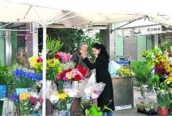 Las parejas de Murcia se dejarán un pico para celebrar San Valentín