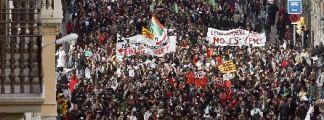 Manifestación de docentes y estudiantes en Barcelona.
