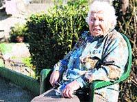 Uno de cada 10 centenarios españoles vive en Galicia