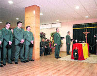 Distintivo al guardia civil ahogado