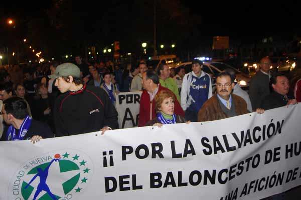 Manifestación por el Ciudad de Huelva