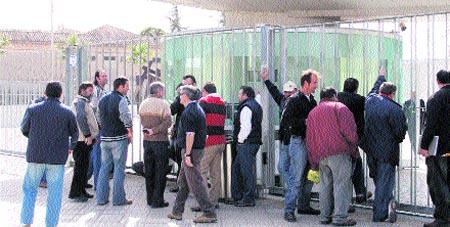 Diputación sancionará a FCC si no llega a un acuerdo con los empleados