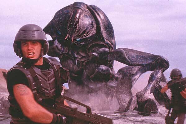Imagen de 'Starship Troopers', de Paul Verhoeven.
