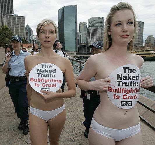 Activistas PETA