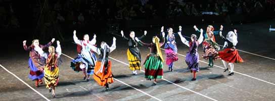 Festival de las Marzas en el polideportivo El Plantio, Burgos.