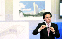 Oviedo consigue frenar los 3 rascacielos de Calatrava
